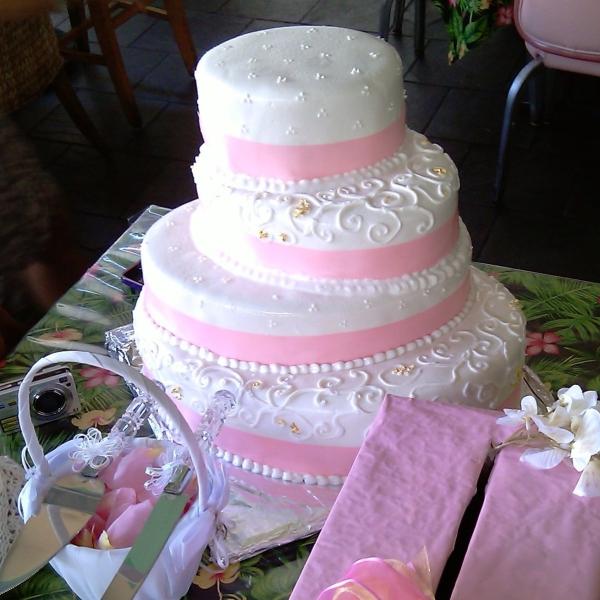 Giant 4 Tier Red Velvet Wedding Cake