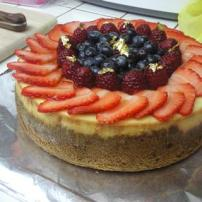Cheesecake with fresh fruit and graham cracker crust