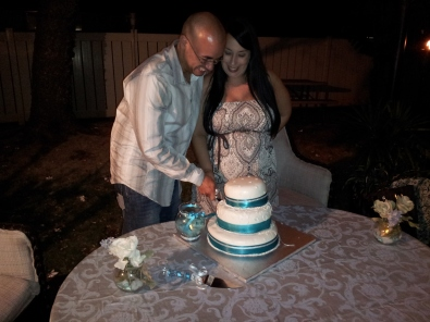 The Happy Couple Celebrates with their Hawaii Wedding Cake